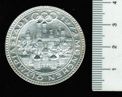 Deutschland/München: Medaille 1972 'Olympiade in München': Stadtansicht / 3 Läufer