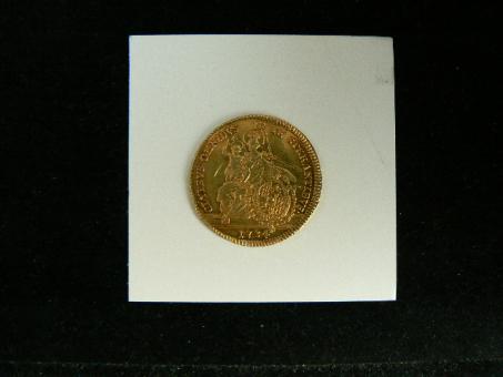 BAYERN: 1 Carolin aus 1734 / 9,7g/770 Gold ''