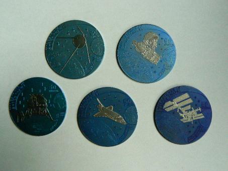 Malawi 5 x 50 Kwacha 2009 Meilensteine der Raumfahrt in 'NIOB' Sputink, Juri Gagarin, Apollo 11, Columbia, ISS 299 von 1.000 Exemplare, Niob ''
